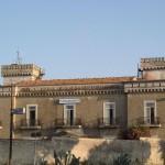 1024px-Castello_Lago_Patria